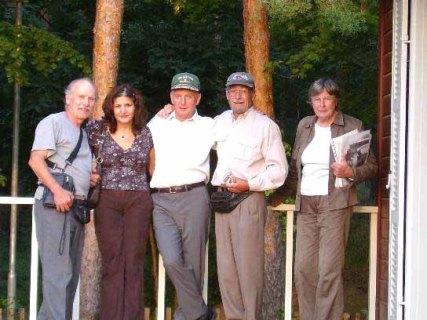 Ken L, Shadiye, Werner (Author), Peter H, Erika Britzke